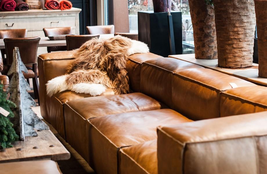 cognac kleurige lederen zetel woontheater. Black Bedroom Furniture Sets. Home Design Ideas