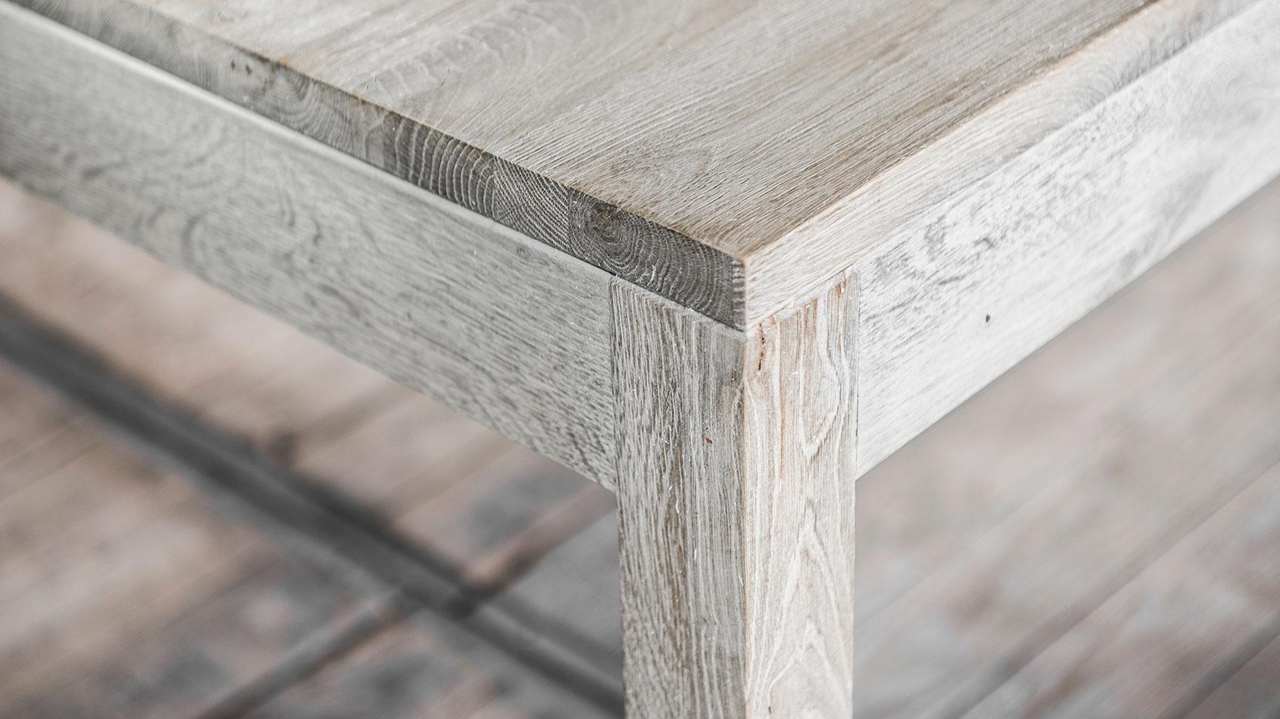 Massieve houten tafels op maat