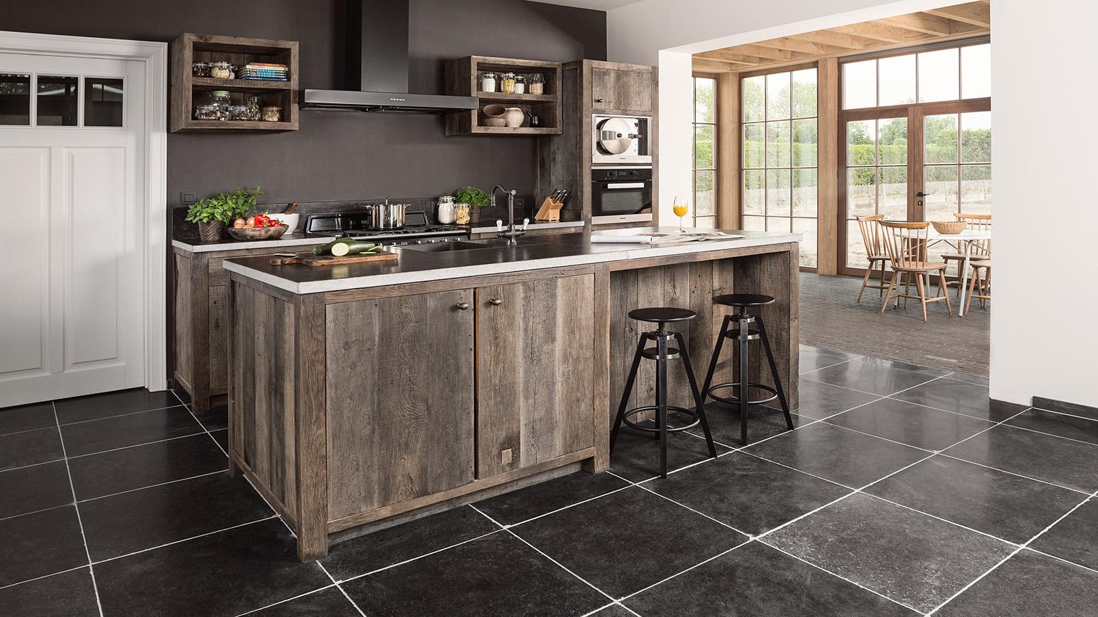 Houten Keuken Op Maat: Bax keukens op maat ebbenhout doorlopend houten ...