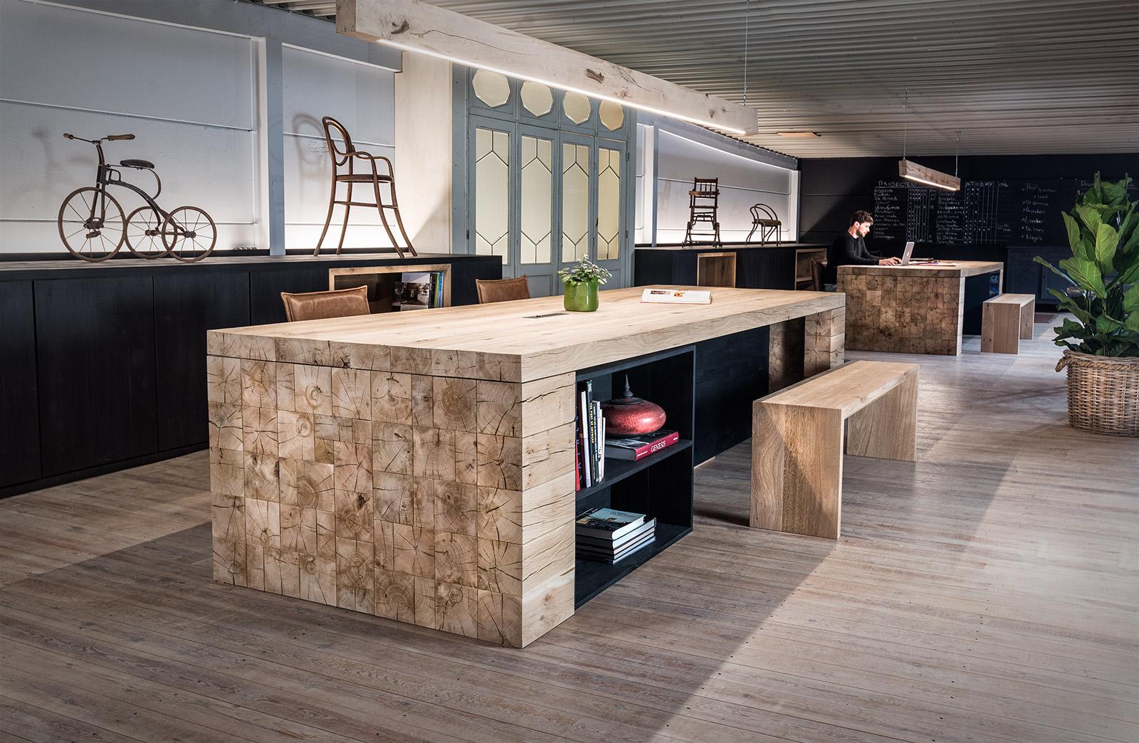 massief houten bureau op maat woontheater. Black Bedroom Furniture Sets. Home Design Ideas