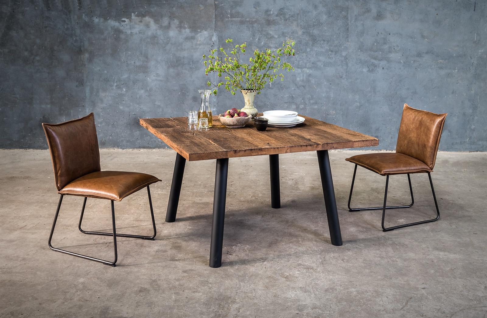 Vierkanten tafel op maat