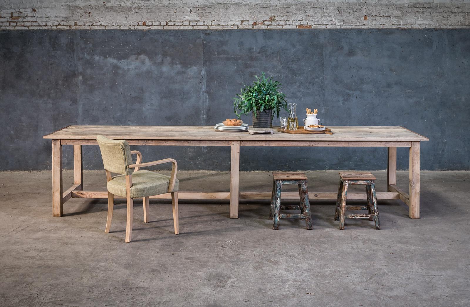 Extra lange tafel op maat