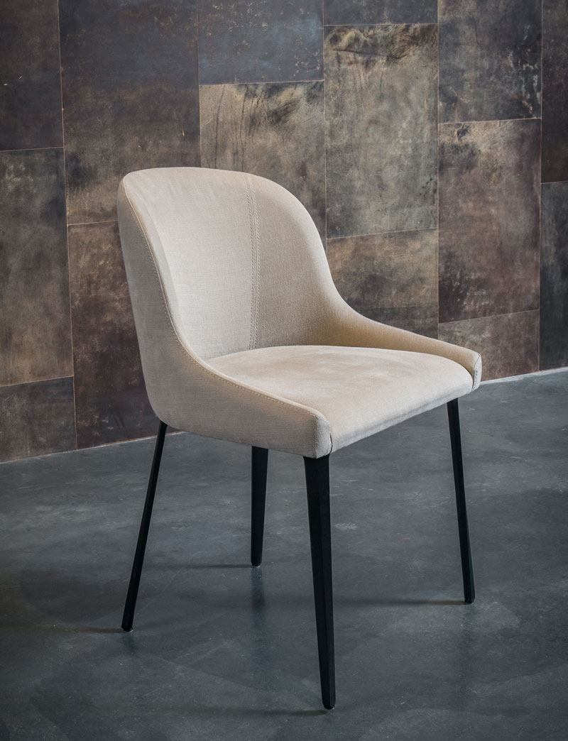 plyer cup chair