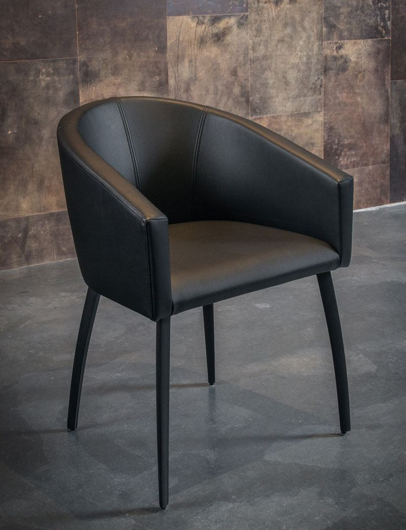 Trianlge twist armchair