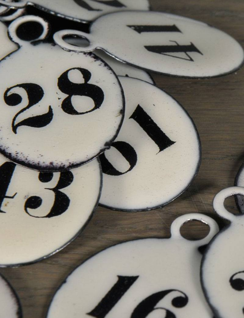 17-set-of-30-hotel-oval-numbers