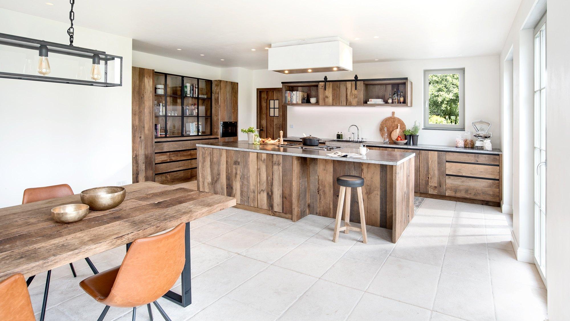 Keuken Op Maat In Massief Hout Woontheater