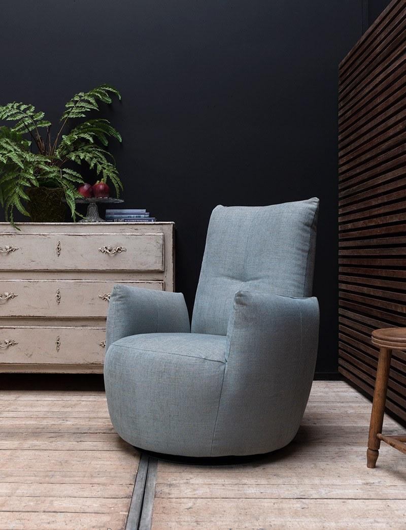 schommelstoel-draaistoel-fauteuil-hoge-rug